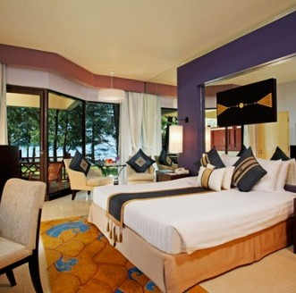 dusit_thani_deluxe_room.jpg