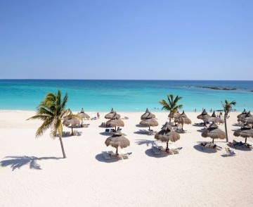 cm_cancun_beach.jpg