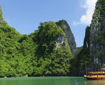 Vietnam for 5 nights!