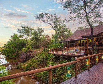 madikwe-river-lodge-exterior-river-1024x768.jpg