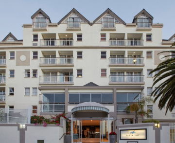 bantry_bay_suite_hotel.png